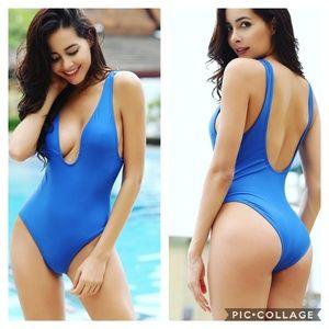 9b777501fbf Balanciga Swim - NEW Plunge One Piece Swimsuit Teal Low Back Padded